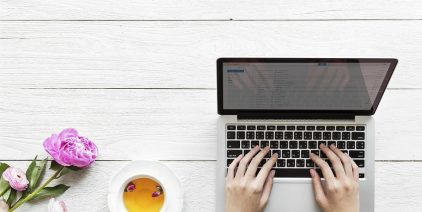 A Bloggers' Complete Guide for Social Media Marketing